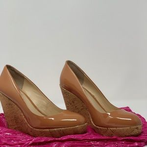 Vince Camuto Women Patent leather tan wedge heel